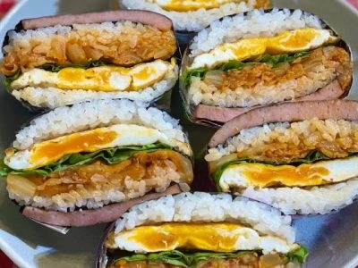 Folded Kimbap / Onigirazu | A quick way to prepare and eat with simple ingredients |  #Shorts